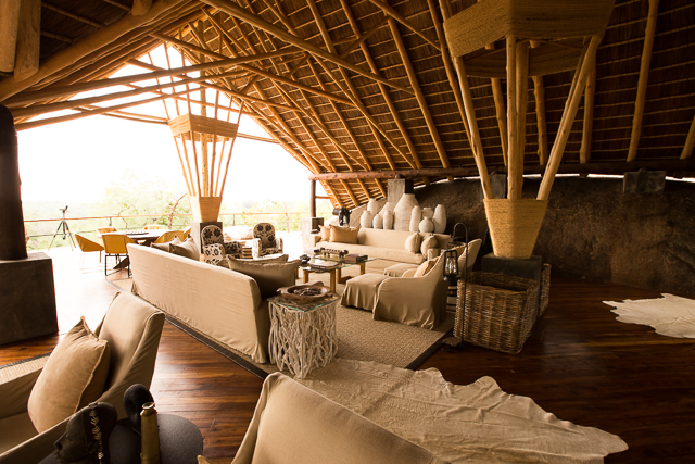 Mwiba Lodge lounge area