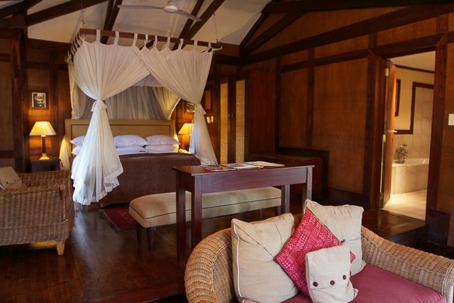 Arusha Coffee Lodge bedroom